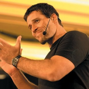 anthony-robbins-awaken-giant-within