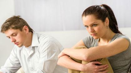 درمان افسردگی در زنان, درمان افسردگی در زنان خانه دار, راه های درمان افسردگی بدون دارو, درمان گیاهی افسردگی در زنان,