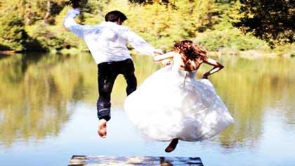 شنای عروس داماد