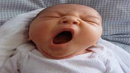 علت بد خوابی شبانه نوزادان